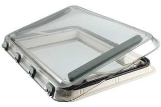 Seitz Heki 4 Plus rooflight in ventilation mode